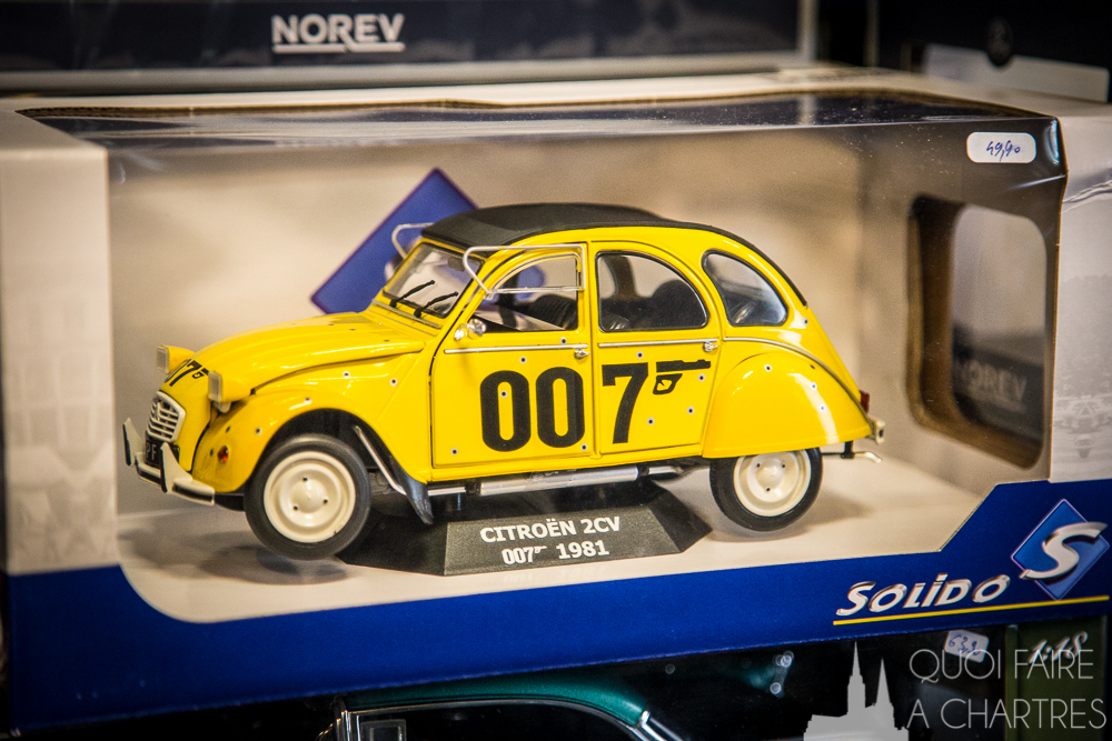 citroen 2cv James Bond