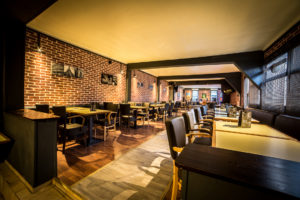 Salle bar Chartres